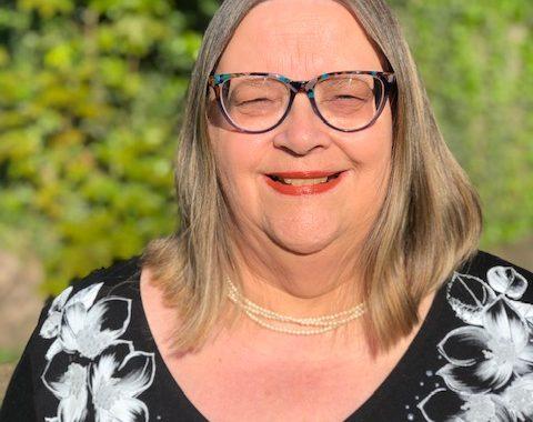 Portrait photo of Councillor Gail Dolman